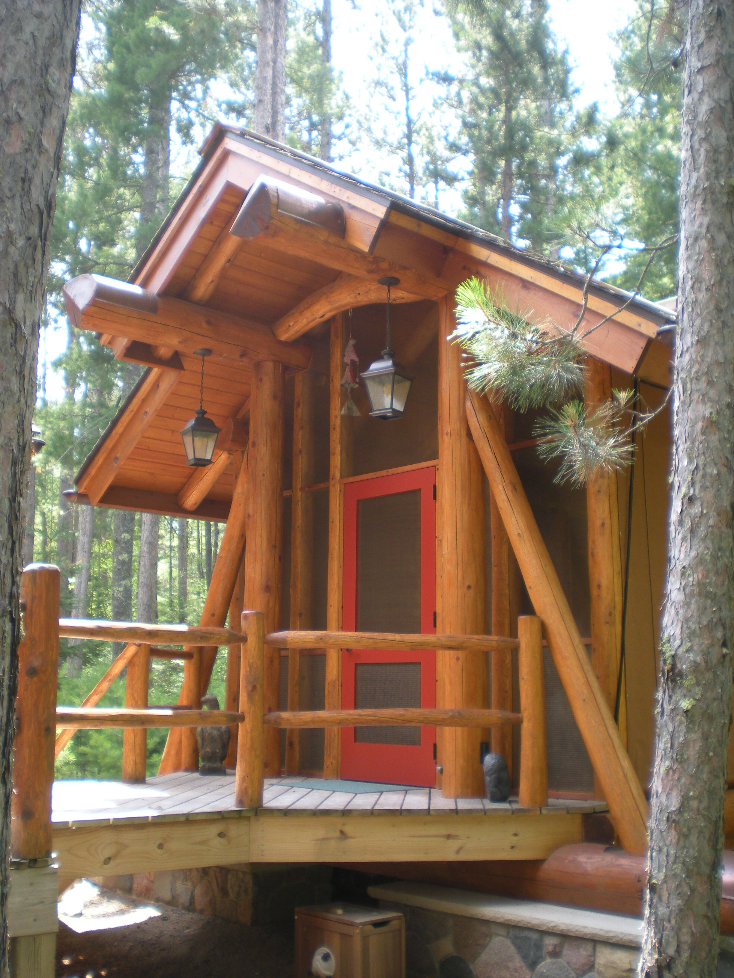 Custom log gazebo